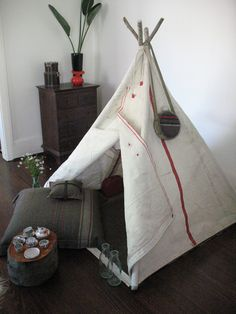 a perfect little boy's teepee