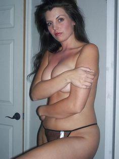 local nude women photographs