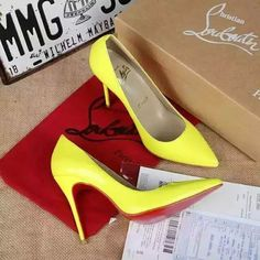 216XC122 Christian Louboutin, lacquar leather  heel 8cm size 34-40 yellow
