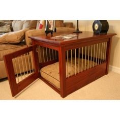 Finding the Appropriate Indoor or Outdoor Cage for Your Cat (Photographic Guide) - Dog Kennel Dog Kennel Cover, Diy Dog Kennel, Dog Kennels, Kennel Ideas, Dog Crate End Table, Wooden Dog Crate, Dog Crate Furniture, Dog Cages, Cool Dog Beds