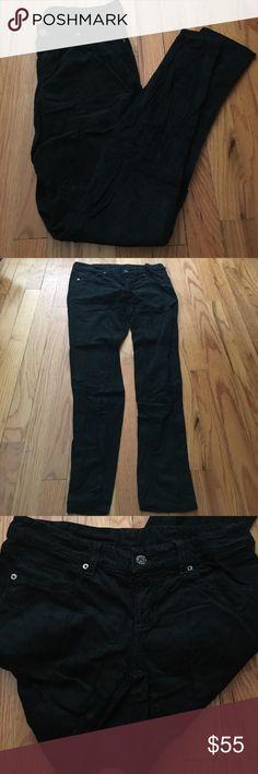 Carmar forest green corduroy skinny jeans! Carmar forest green corduroy skinny jeans! Sz 28 Carmar Jeans Skinny