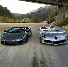Lamborghini Reventon v SLR Stirling Moss