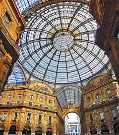 The drawing room of Milan   Italy(by Fil.ippo)