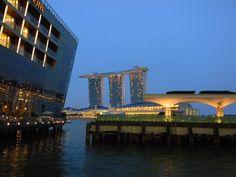 Что круче - Сингапур или Гонконг? Говорят, они соревнуются.
