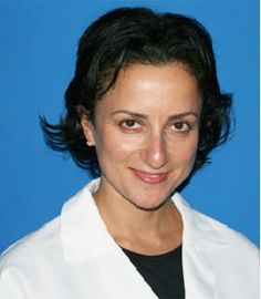 Elina Fooks, DMD is an Endodontist and Root Canal Specialist at Dental Associates of Arlington. Elina Fooks graduated cum laude from Brandeis University. She received her doctorate from Tufts School of Dental Medicine in 2000 and continued her tra Sedation Dentistry, Head And Heart, Oral Surgery, Root Canal, Dental Implants, Orthodontics, Pediatrics, Doctors