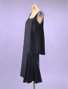 1927 Black Silk Chanel Dress