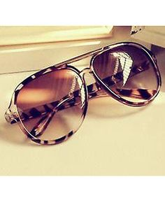 WOMENS CIRCLE LEOPARD SUNGLASSES #sunglasses These would be cute in a different print