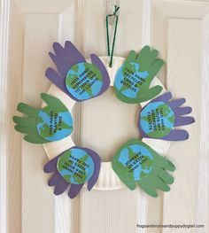 Handprint Wreath for Earth Day-kid craft - FSPDT