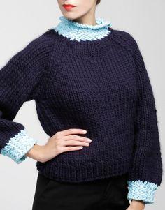 01 royalrosesweater midnightblue lightblue