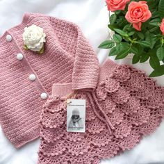 Baby Boy Girl Yellow Pants Hat Booties Sweater Blanket Newborn Set