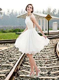 Short Wedding Dress   Fashion party dresses.  Short wedding dresses are so fun to look at.  This one is really quite lovely.