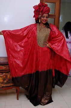 L'ancienne miss Sénégal Penda Ly montre sa beauté époustouflante dans une tenue traditionnelle