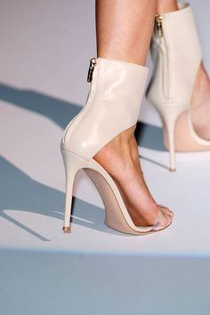 Hakaan Spring 2012 _leather high heel ankle cuff sandals with back zipper opening
