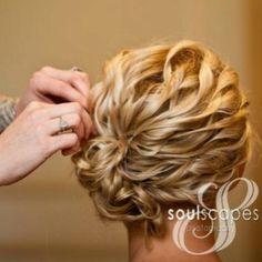 pretty hair for medium lengths
