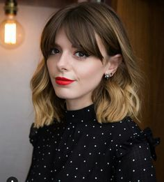 Best Long Bob Haircuts and Hairstyles for 2019 A long bob hairstyle, also known as a lob haircut, is one of the hottest haircuts and styles of the year. This modern style for long hair is quickly becoming a cool look for women. This season we b… Medium Hair Styles, Short Hair Styles, Haircuts With Bangs, Bob Haircuts, Lob With Bangs, Wavy Bangs, Ombre Bob With Bangs, Ombre Hair With Fringe, Thick Side Bangs