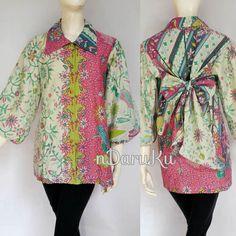 Blus Pita Batik sragenan LD 102 cm Rp. 165.000 #batik #batiksragen #bluspita #valentineday #bajubatik #jualbatik #batikcouple #bajupasangan by ndaruku_batik