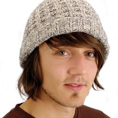 Waffle beanie (free knitting pattern) by Kirstie McLeod | TheMakingSpot