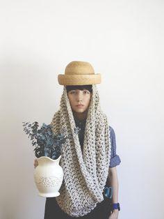 .Chunky scarf.