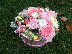 Парфюмированная пионовидная роза