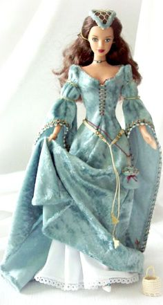 Guinevere Barbie ~ Debbie Orcutt ❤ Source by The post PicMonkey: Design That Works appeared first on wedding. Barbie Gowns, Barbie Dress, Barbie Clothes, Barbie Mode, Barbie And Ken, Barbie Style, Vintage Barbie, Barbie Costume, Barbie Patterns