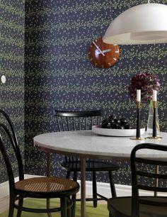 Linnea (L) Wallpaper from Sandberg - L Wallpaper, Pattern Wallpaper, Joko, Bedroom Green, Window Sill, Furniture Decor, Decorative Bowls, Dining Chairs, Sink