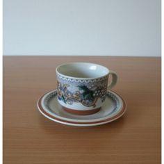 Goebel Burgund  koffiekop en schotel