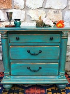 Austin: Mexican Turquoise wood table and drawers hand painted and distressed -might be a good color for the old coffee table in the living room. Distressed Furniture, Rustic Furniture, Painted Furniture, Diy Furniture, Distressed Dresser, Decoupage Furniture, Antique Furniture, Furniture Projects, Furniture Makeover