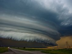 he day began as any other storm-chasing day in the Canadian Prairies. My girlfriend and I followed this particular storm from its birth and observed as it formed this gorgeous shelf structure eight hours later, at the end of the day.