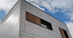 fassade eternit – Google-Suche Garage Doors, Outdoor Decor, Inspiration, Home Decor, Google, Modular Homes, House Siding, Architecture, Plaster