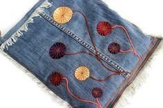 Denim Boho Bag, Hippie Crossbody Purse, Messenger Bag, Recycled Denim Jeans Purse, Flower Applique Bag,  Bohemian Chic Bag, Flower Power Bag