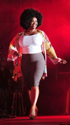 {Soulful Beauty} REAL Curvy Girl inspiration from the talented: JILL SCOTT