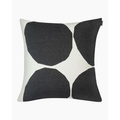 The off white and black Kivet pattern adorns this square cushion cover that is woven out of a blend of cotton and polyester with a jacquard knit. The cushion cover has a concealed zipper on one side. Marimekko, Off White, Cushions, Cozy, Throw Pillows, Living Room, Knitting, Pattern, Cotton