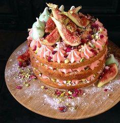 Rustic Meringue Cake