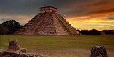 Chichen Itza / Meksika, Bir İtza Maya kenti olan bu yer Meksika'nın Yucatán Yarımadası'nda, Kristof Kolomb öncesi dönemde kurulmuş bir antik kenttir. Ayrıca bu antik kentte birçok önemli yapı varlığını halen korumaktadır.