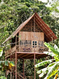 Dieses Baumhaus steht mitten im costaricanischenRegenwald und kann euch gehören. Zumindestfür den nächsten Urlaub. Eine Übernachtung kostet 115 Euro.