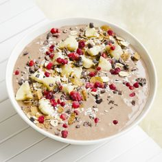 healthy peanut butter chocolate smoothie bowl - you can find the recipe from my blog! #smoothiebowl #smoothiebowls #healthy #healthyfood