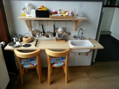 Kinder keukentje gemaakt met ikea onderdelen