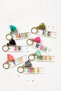 Custom Name keychain, Personalized Tassel Clear keychain - Hand painted, bridesmaid gifts, clear and colorful keychain, engraved keychain Keychain Diy, Monogram Keychain, Keychain Ideas, Diy Resin Keyring, Tassel Keychain, Monogram Gifts, Personalised Gifts Diy, Personalized Bridesmaid Gifts, Customized Gifts