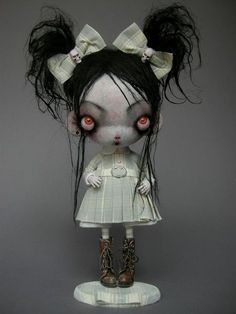 10 Awesome Halloween Decorations to try - Life Is Fun Silo Monster Dolls, Art Jouet, Arte Peculiar, Scary Dolls, Arte Obscura, Gothic Dolls, Halloween Doll, Creepy Cute, Gothic Art