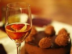 Are you a sweet tooth? Here is a selection of the best dessert wines! Read here: http://www.wineturtle.com/best-dessert-wine/