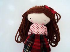 Mia muñeca de tela ropa removible falda por lassandaliasdeana,