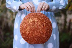 Glitter disco ball. I'm starting to love blogs.
