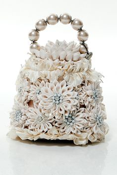 I would love this bag for my wedding day.