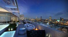 Contemporary ME Hotel London Built Around a Central Pyramid