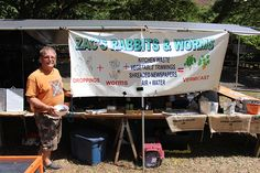 Zack's Rabbitry and Ewa Blue Worms will be at the Annual Halawa Xeriscape Garden Open House and Unthirsty Plant Sale on August to share all there is to know about vermicast tea. Vermicast tea is a great way to provide nutrients to your garden and plants. Kitchen Waste, Plant Sale, Save Water, Worms, Beautiful Landscapes, Open House, Composting, Tea, Learning