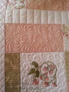 Feather Quilting goodness! Love this!  Quilted by Judi Madsen of Green Fairy Quilts