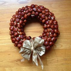Chestnut Wreath with removable holiday bow.