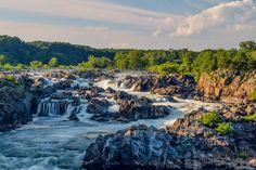 Great Falls Virginia [OC] [6000x4000] Basstracker90 http://ift.tt/2BwaMW5 December 03 2017 at 09:40AMon reddit.com/r/ EarthPorn