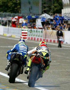 Gibernau Rossi battle