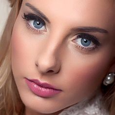 Embrace cosmetics Bridal makeup www.embracecosmetics.com.au